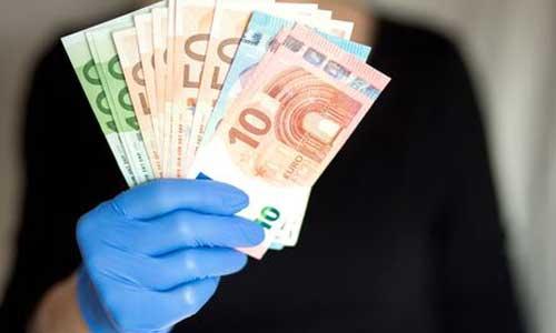 Aide à domicile : revalorisation salariale de 12 % réclamée