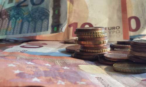 Autisme : le gouvernement promet une aide financière