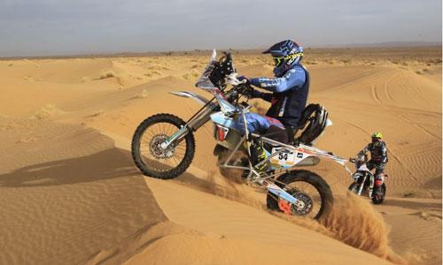 Dakar 2019 : le 1er pilote de moto paraplégique