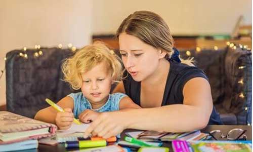 Ecole à domicile et handicap : une loi contrarie les parents
