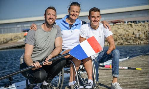 Expérience handi : Alain Bernard va nager jambes attachées