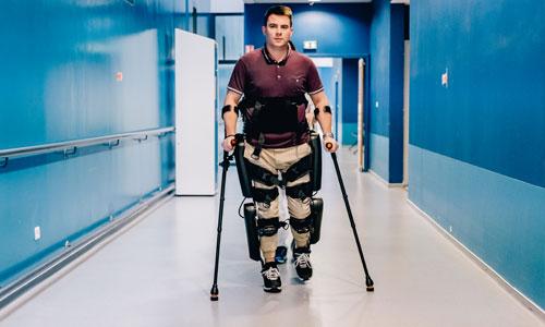 Exploit : un exosquelette sur le semi-marathon de Paris