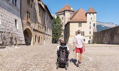 Auvergne-Rhône-Alpes : ensemble en vacances