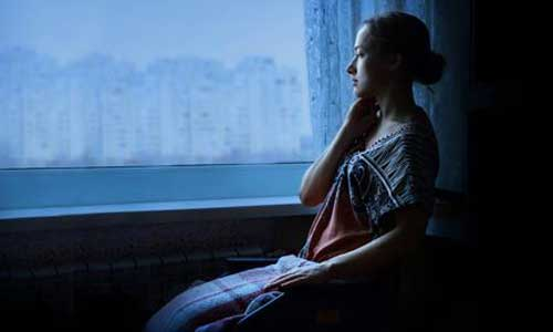 Covid-19: 1er confinement, hausse des états dépressifs