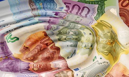 Le revenu universel doit-il englober l'AAH : votre avis?