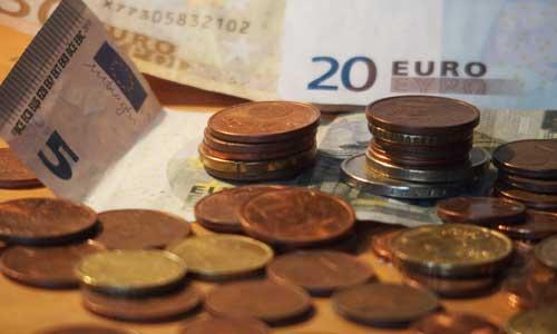 Minima sociaux et AAH : un minimum décent de 750 euros ?