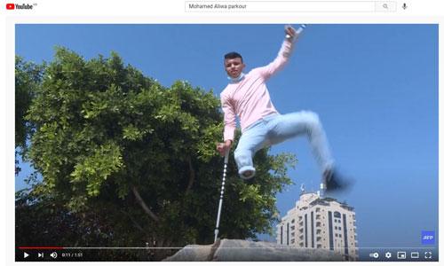Mohamed, unijambiste et étoile du parkour à Gaza