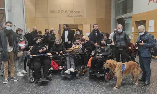 Procès des activistes handicapés : prison avec sursis