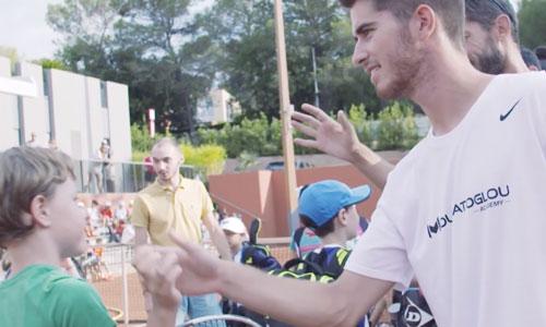 Tennis et handicap : une académie monte au filet!