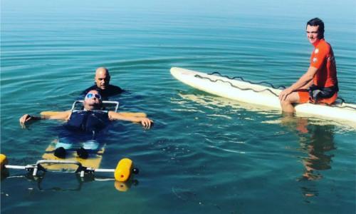 Tony Moggio, tétraplégique: 4 km de nage à la force des bras