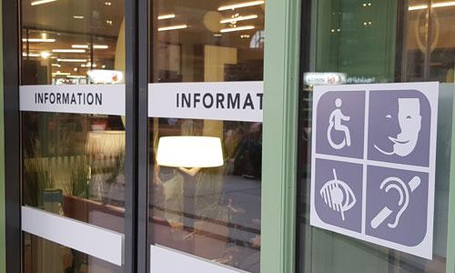 Trains : vers un numéro d'appel unique en cas de handicap ?