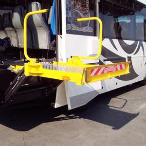 Elévateur de personnes pour midibus & cars DH-CH 100 (image 1)