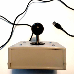 Joystick analogique à boule (image 1)