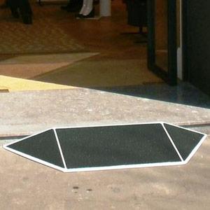Rampe de seuil évasée (image 1)