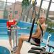 Soulève-personne mobile de piscine (miniature 1)